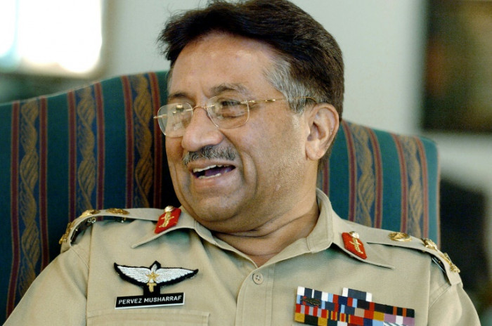 Musharraf got Rs20m on retirement, bought Rs400m flats in London, UAE